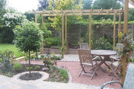 blockpaved garden with Pergola